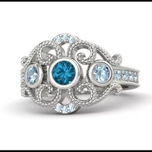 .925 Sterling Silver Aquamarine Fashion Ring